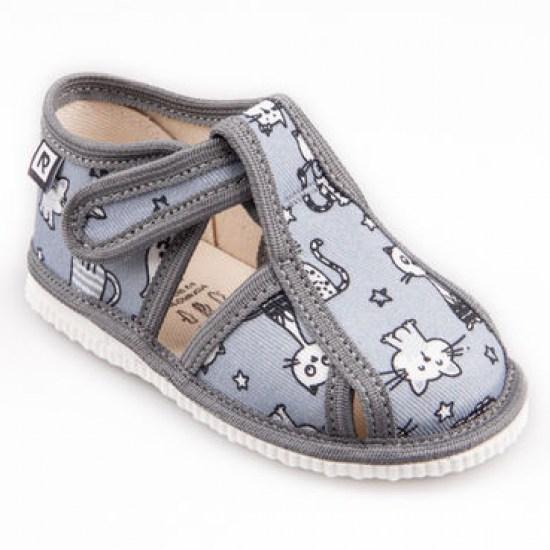 4b0fef6c88c8 Detské papuče RAK 100015 - Šedé mačky - limitovaná edícia - Detská ...